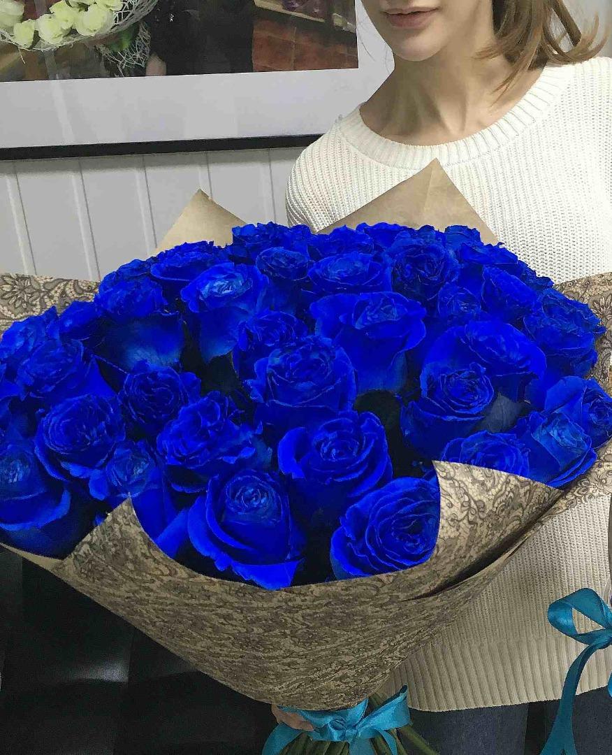огромные букеты синих роз картинки стиле