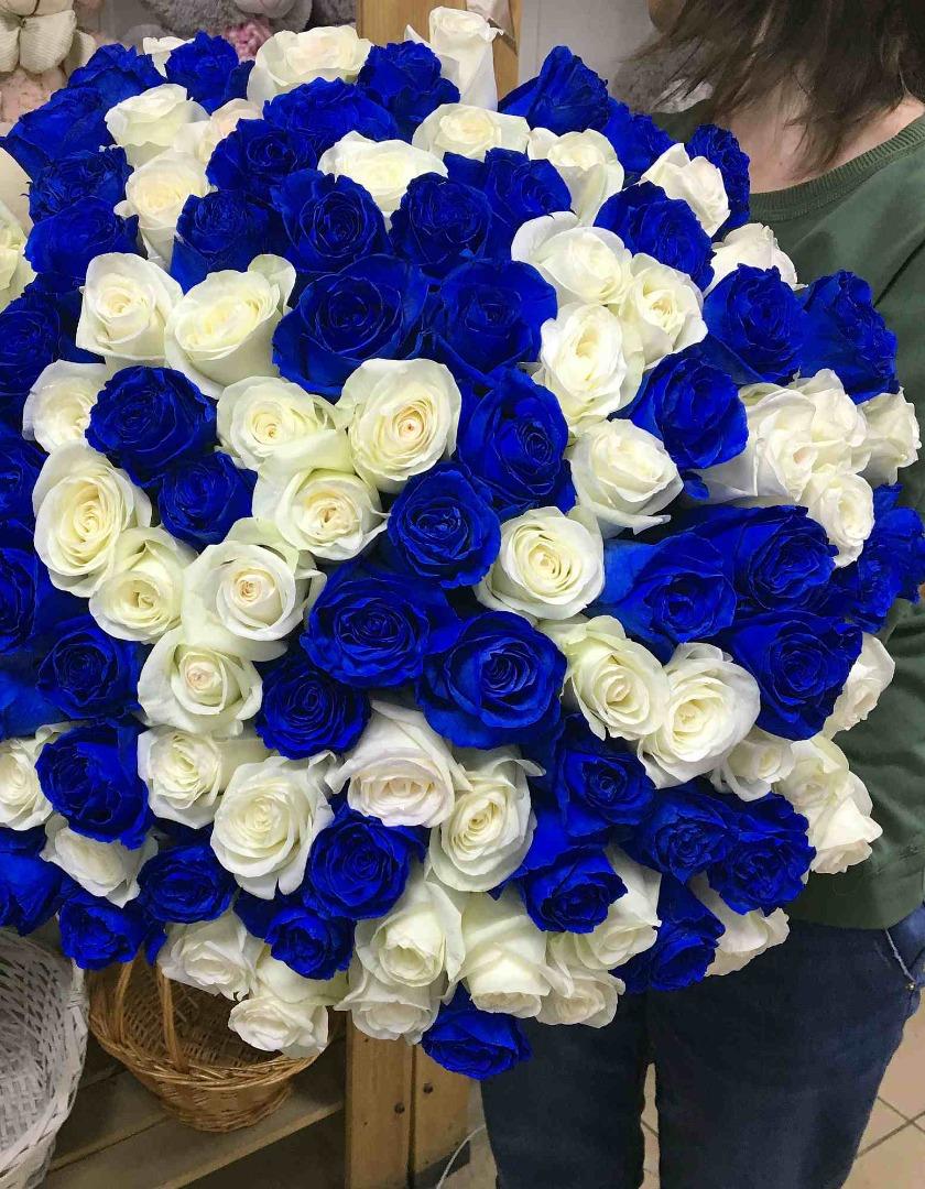 вазы огромные букеты синих роз картинки сейчас
